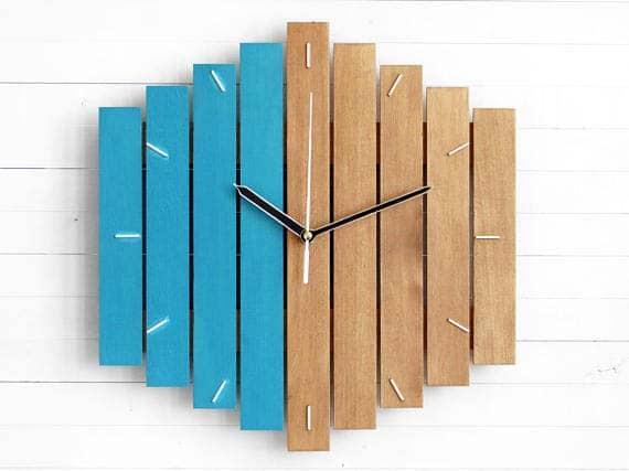 wood-wall-clock